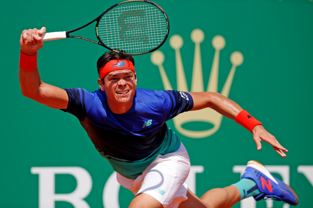 Milos Raonic... (Photo Eric Gaillard, Reuters)