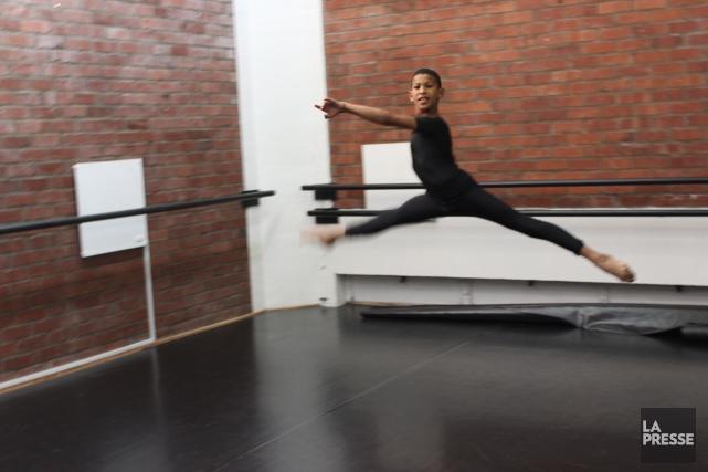 Faakhir Bestman, jeune prodige du ballet de 12... (PHOTO SYLVIE ST-JACQUES, COLLABORATION SPÉCIALE LA PRESSE)