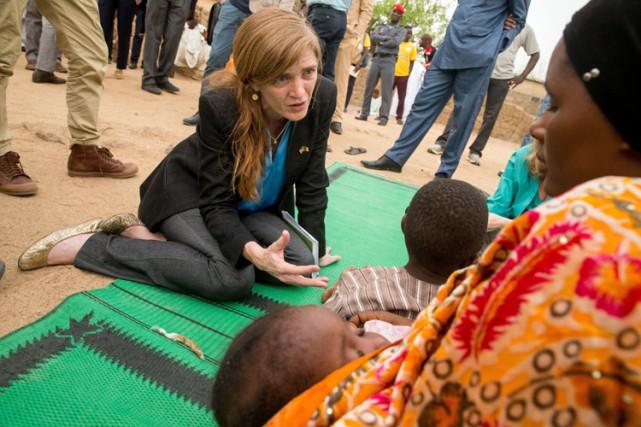 SamanthaPower est en tournée au Cameroun avec des... (PHOTO AP)