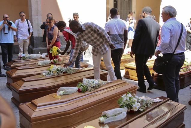 Le 7 juillet 2015, les autorités italiennes ont... (PhotoAntonio Parrinello, archives Reuters)