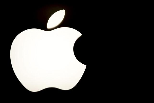 Apple a fourni des données au gouvernement américain... (PHOTO KAREN BLEIER, AFP)