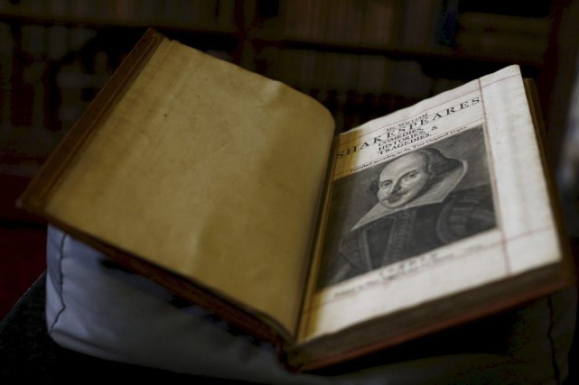Premier Folio de William Shakespeare... (PHOTO REUTERS)