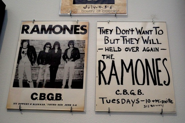 Lancé en 1976, le premier album des Ramones... (PHOTO AFP)