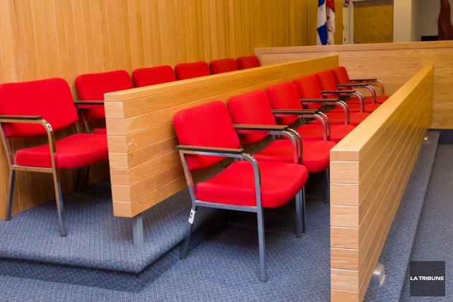 Le sort du père de famille de Sherbrooke accusé d'avoir agressé sexuellement... (Archives La Tribune, Jessica Garneau)