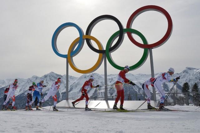 Épreuve de ski de fond lors desJeux de... (PHOTO AFP)