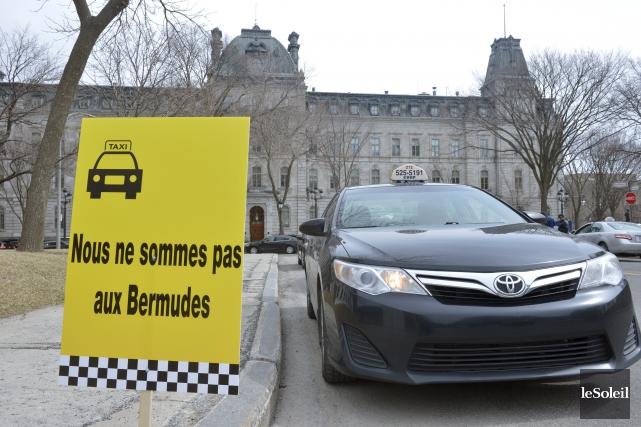 Les chauffeurs de taxi ont profité une première... (Le Soleil, Jean-Marie Villeneuve)