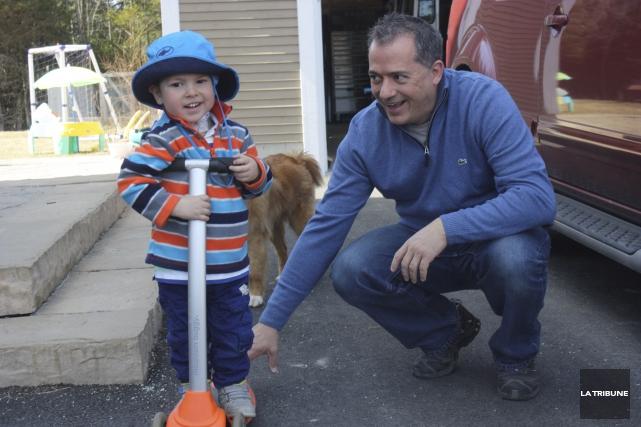 Le petit Arnaud a fait d'immenses progrès au... (La Tribune, Yanick Poisson)