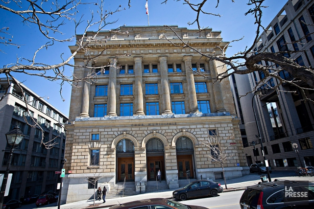 Le bâtiment de la cour municipale de Montréalportera... (PHOTO PATRICK SANFACON, LA PRESSE)