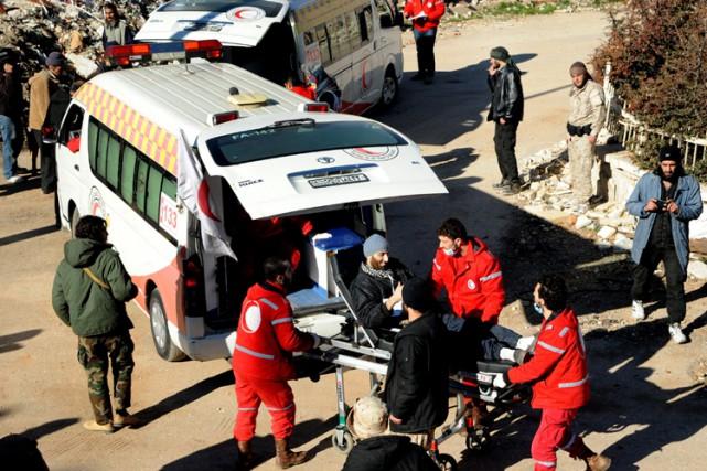 L'évacuation qui a débuté mercredi «concerne les gens... (ARCHIVES AFP)