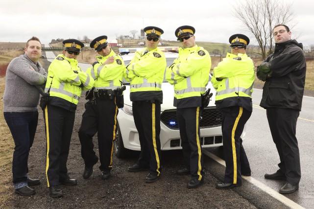 Des agents de la GRC en Nouvelle-Écosse ont... (La Presse Canadienne)