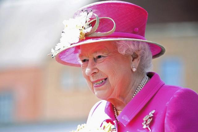 Élisabeth II, qui règne depuis plus de 64... (CHRIS JACKSON)