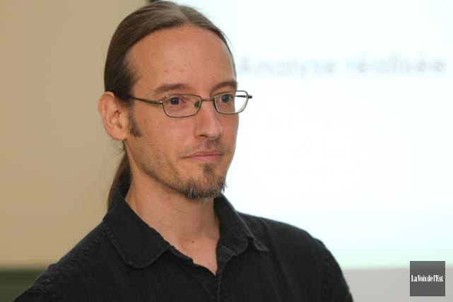 L'auteur,Nicolas Luppens duGroupe actions solutions pauvreté... (Alain Dion, archives La Voix de l'Est)