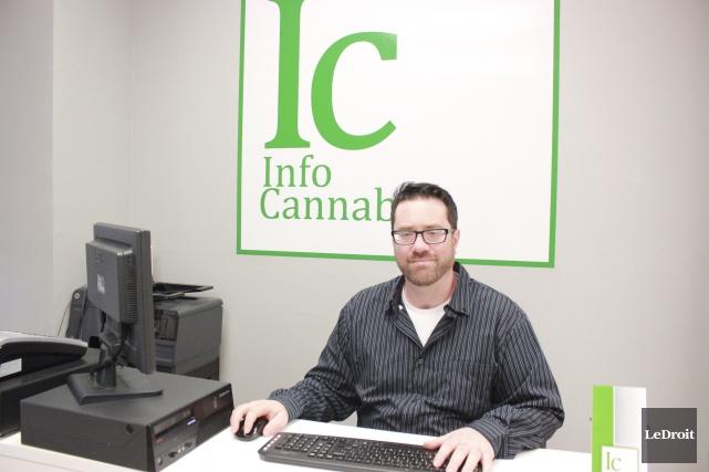 Le propriétaire du centre InfoCannabis, Frank Medewar... (Martin Brunette, LeDroit)