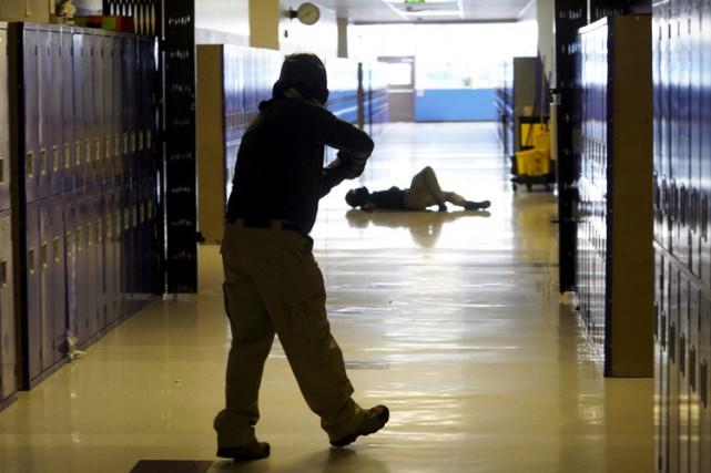 La protection des écoles est un débat récurrent... (ARCHIVES REUTERS)