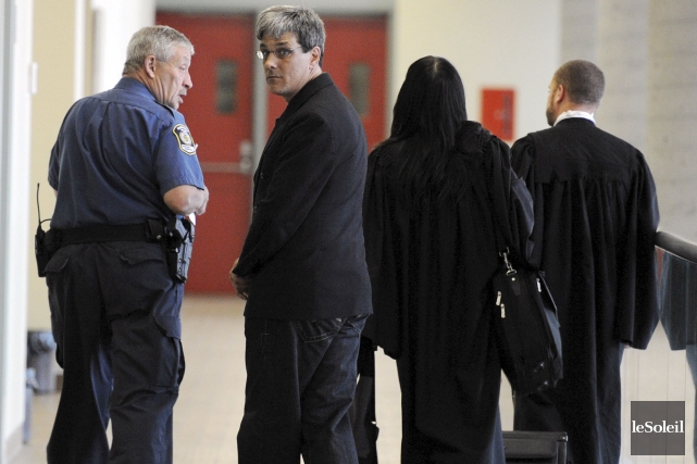 Alain Perreault, accusé du meurtre de Lyne Massicotte,... (Photothèque Le Soleil, Erick Labbé)