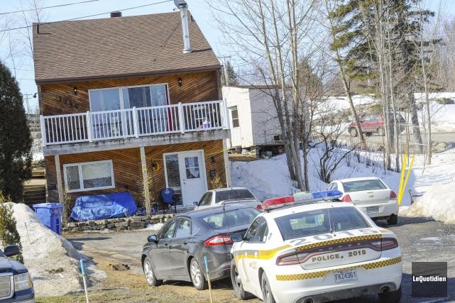 La Sûreté du Québec a mené une perquisition... (Photo Le Quotidien, Gimmy Desbiens)
