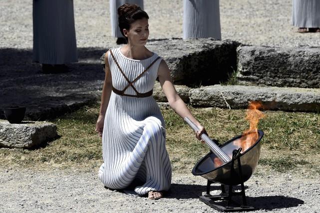 La «grande prêtresse» Katerina Lehou, une actrice grecque,... (AFP, Aris Messinis)