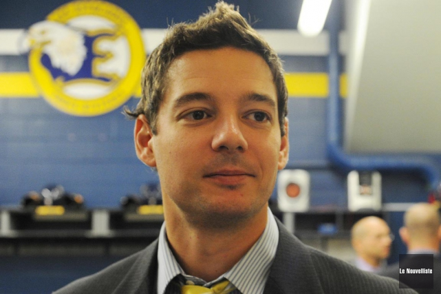 L'entraîneur-chef des Estacades midget AAA, Frédéric Lavoie.... (Sylvain Mayer, Le Nouvelliste)