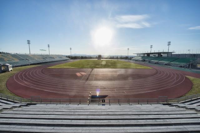Le stade extérieur de l'Université de Sherbrooke accueillera... (Spectre Média, Julien Chamberland)