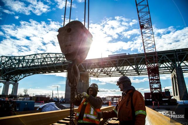 Le dossier du nouveau pont Champlain compte parmi... (Photo Martin Tremblay, archives La Presse)