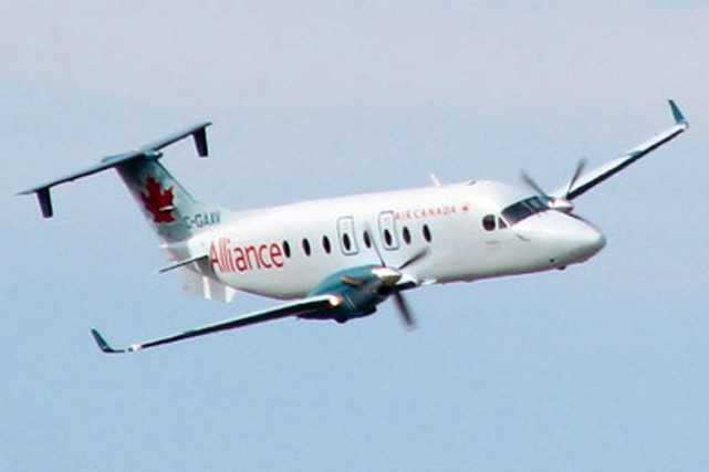Un Beechcraft 1900 d'Air Canada.... (Photo tirée du site internet d'Air Canada)