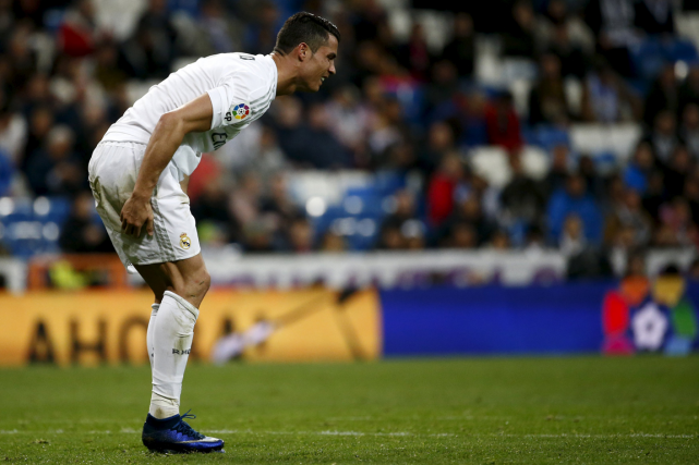Cristiano Ronaldo a quitté le match de mercredi avant... (Photo Juan Medina, Reuters)