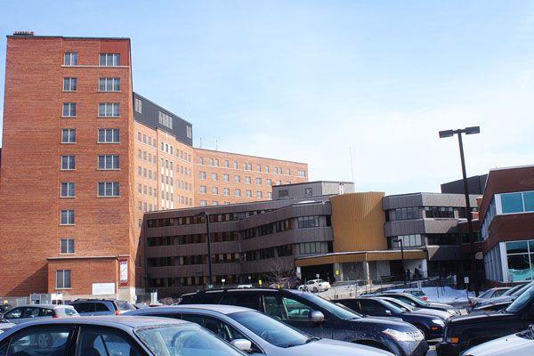 Une enquête interne a été ouverte après que deux employés de l'Hôpital de Hull... (ARCHIVES, LeDroit)