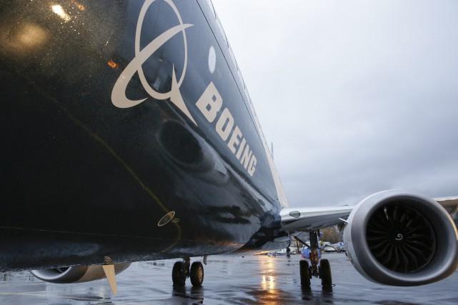 Le géant américain Boeing songe à créer une nouvelle variante de son célèbre... (PHOTO JASON REDMOND, ARCHIVES AFP)