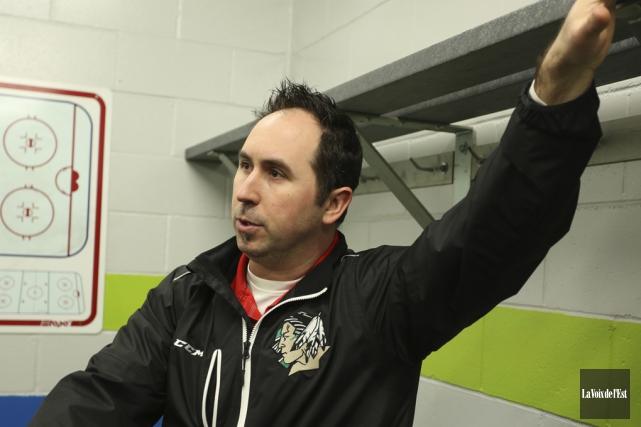 L'entraîneur du Vert et Or de Massey-Vanier, Patrick... (Julie Catudal, archives La Voix de l'Est)