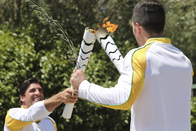 La flamme olympique parcourra le monde lors d'un... (Photo archives Associated Press)