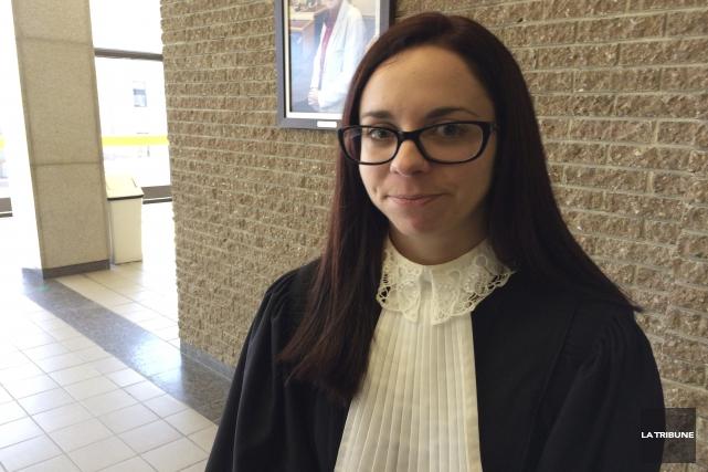 Me Jessyca Duval est avocate de la défense... (La Tribune, René-Charles Quirion)