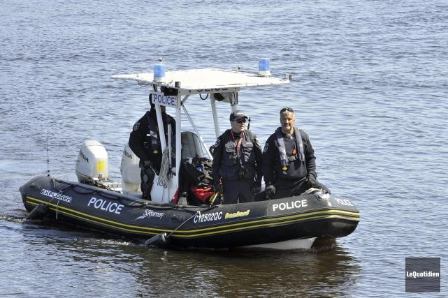 Les policiers de Saguenay n'ont trouvé aucun indice pouvant les aider à faire... (Photo Le Quotidien, Rocket Lavoie)