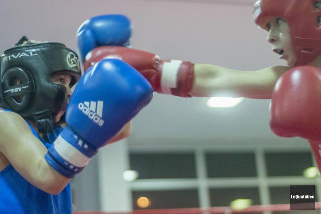 Les boxeurs de la région seront nombreux en fin de semaine, à Victoriaville,... (Archives Le Quotidien, Michel Tremblay)