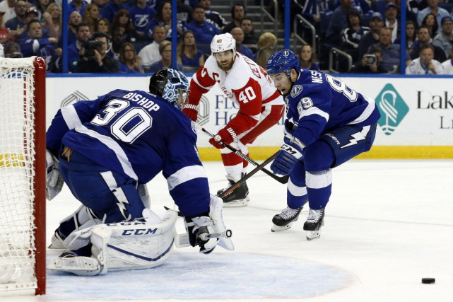 Alex Killorn a touché la cible avec 1:43 à faire en temps réglementaire, Ben... (Photo Kim Klement, USA Today)