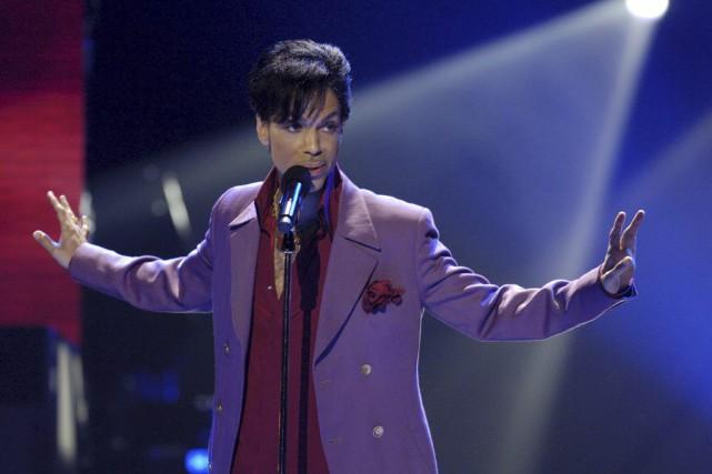 Prince à Hollywood, en 2006.... (PHOTO CHRIS PIZZELLO, ARCHIVES REUTERS)