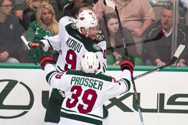 Mikko Koivu (9) célèbre sont but gagnant en... (PHOTO JEROME MIRON, USA TODAY)