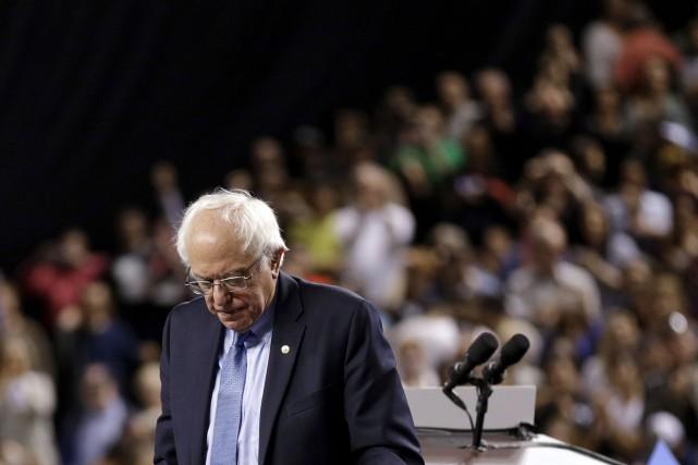 Bernie Sanders a placé la lutte contre les... (AP, Patrick Semansky)