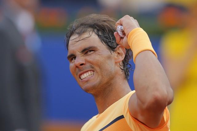 Rafael Nadal pourrait rejoindre dimanche Guillermo Vilas avec... (AP, Manu Fernandez)