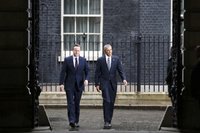 Le soutien très appuyé apporté vendredi par Barack... (AFP, Peter Nicholls)