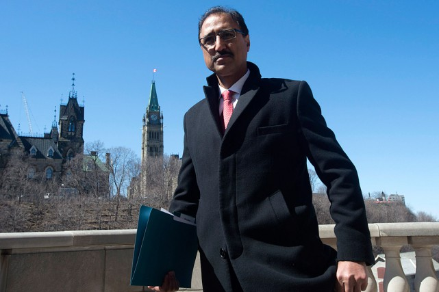 Le ministre fédéral de l'Infrastructure, Amarjeet Sohi.... (Photo Adrian Wyld, archives PC)