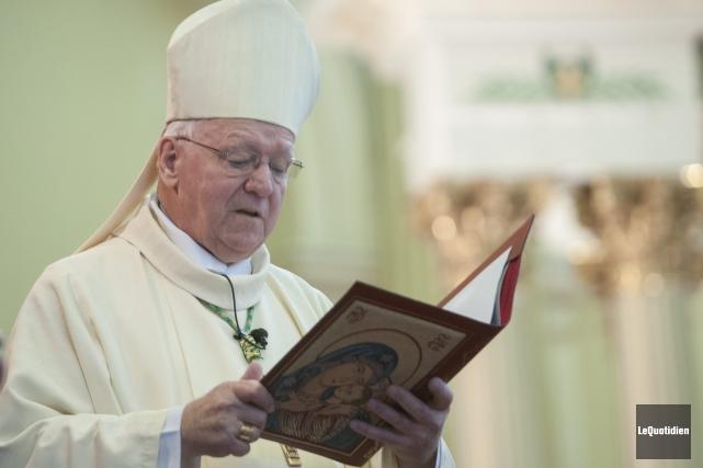 Mgr André Rivest a été ordonné prêtre en... ((Photo Le Quotidien, Michel Tremblay))