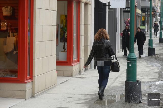 La direction de la Coalition sherbrookoise pour le travail de rue vit des... (Archives La Tribune)
