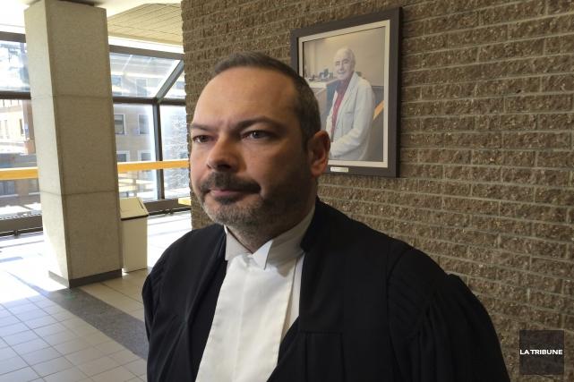 Le procureur aux poursuites criminelles, Me Andy Drouin... (La Tribune, René-Charles Quirion)