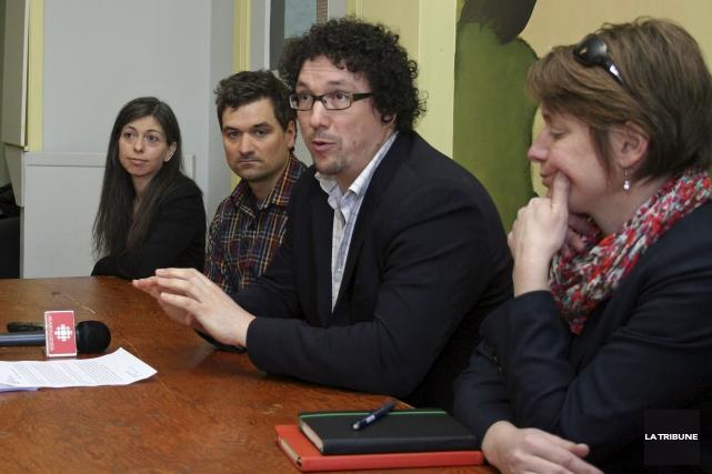 Les membres du conseil d'administration du Camp Val-Estrie... (La Tribune, Maryse Carbonneau)
