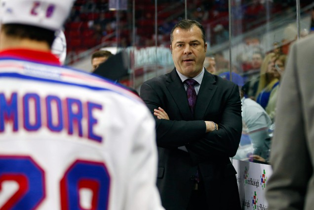 Alain Vigneault vient de connaître deux saisons consécutives... (Photo James Guillory, USA TODAY Sports)