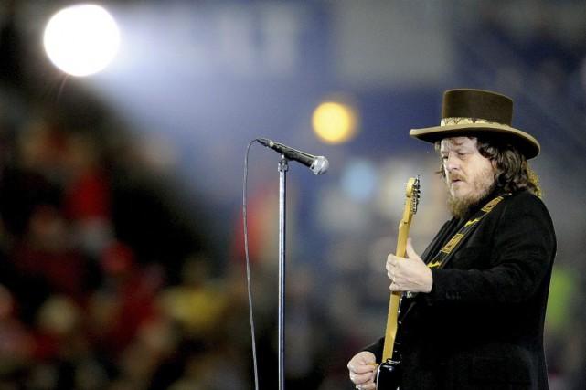 Zucchero en spectacle au Stade de France en... (PHOTO ARCHIVES AFP)