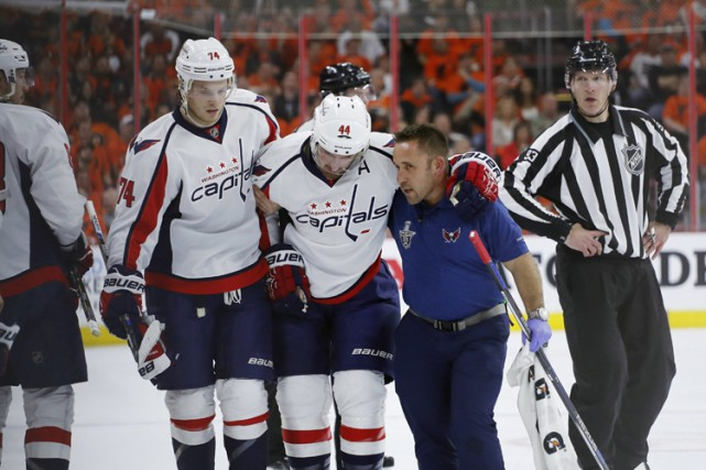 Le souvenir le plus tangible que garde Jay Beagle de la confrontation... (PHOTO AP)