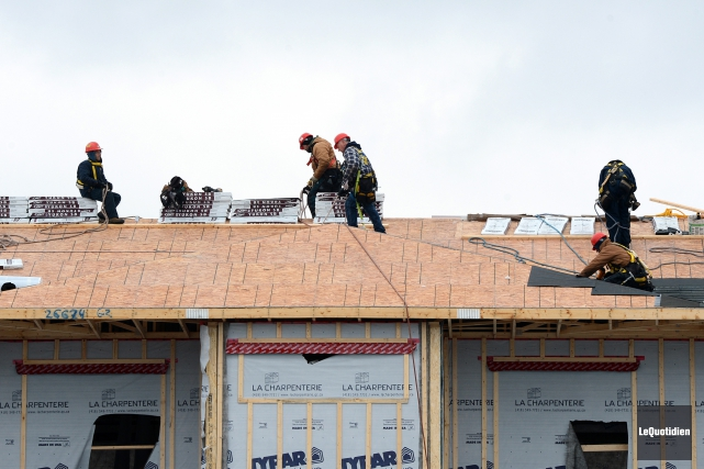 Les travailleurs de la construction du Saguenay-Lac-Saint-Jean entament leurs... (Archives Le Quotidien)