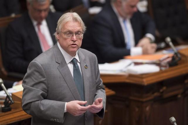 Le ministre Gaétan Barrette répond à l'opposition lors... (La Presse Canadienne, Jacques Boissinot)
