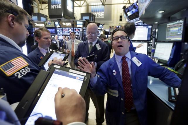 La banque centrale a noté que le marché... (AP, Richard Drew)